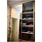 valor de closet planejado com espelho Condomínio Lagoa Serena